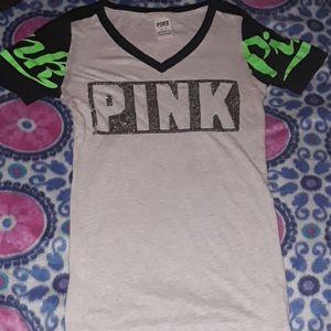 •NWOT•PINK- V-Neck T-Shirt